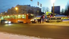 Из-за ДТП с трамваем в Смоленске 15 вагонов стали в «пробке»