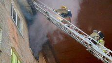 В Смоленске пожарные спасли мужчину из квартиры, полной дыма