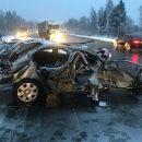 https://smolensk-i.ru/auto/smolenskie-politseyskie-vozbudili-ugolovnoe-delo-po-faktu-zhestkoy-avarii-na-puti-v-ray_268111