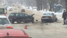 На Краснинском шоссе в Смоленске произошло жёсткое лобовое ДТП