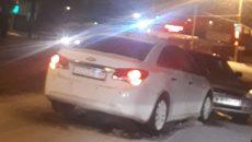 На перекрёстке в Смоленске влобовую столкнулись «Шевроле» и «Приора»