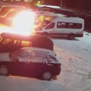 https://smolensk-i.ru/accidents/v-smolenske-podzhog-marshrutki-na-ohranyaemoy-parkovke-snyali-na-video_268678