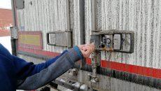 В Смоленске осудят местного жителя, который дважды дал взятку сотруднику ФСБ