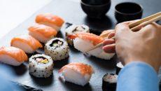 За что люди так любят суши