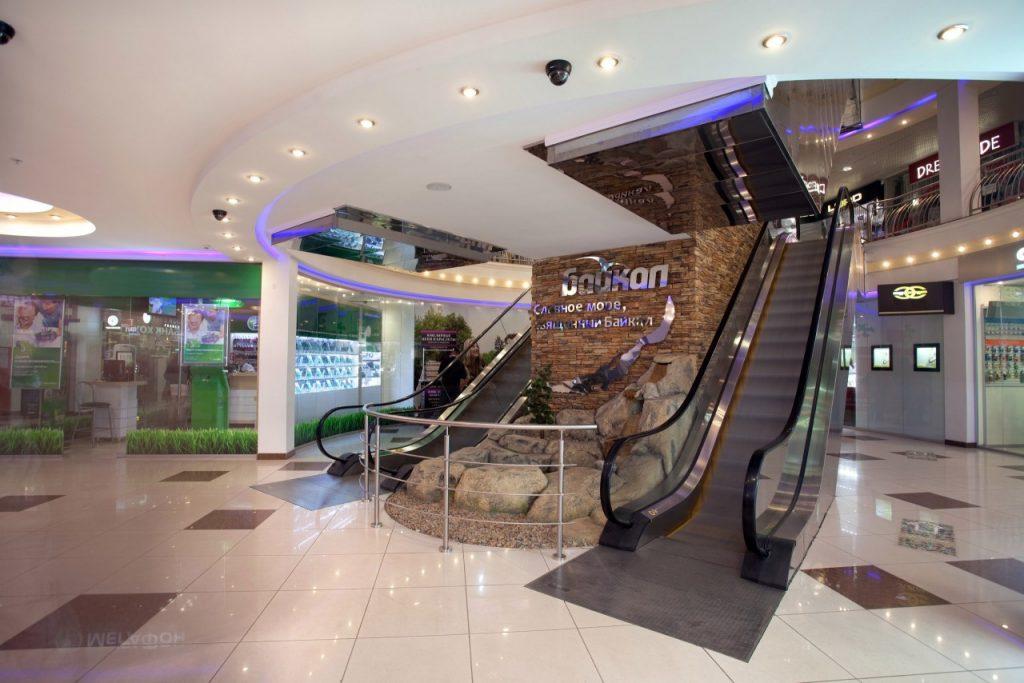 торговый центр Байкал в Смоленске (фото vk.com baikalsm)