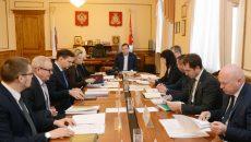 Алексей Островский сократил сроки контрактов с вице-губернаторами и начальниками департаментов