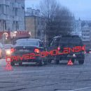 https://smolensk-i.ru/auto/na-ulitse-frunze-v-smolenske-sluchilis-dva-dtp-podryad_272135