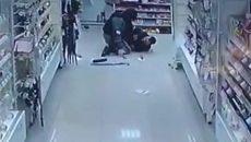 В Смоленске нетрезвый мужчина напал с канцелярским ножом на продавца