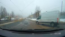 В Смоленске водитель отомстил автохаму, который спровоцировал аварийную ситуацию