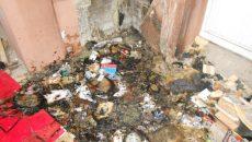 В многоквартирном доме в Смоленске дети устроили пожар