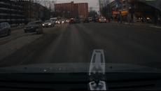 «Всем утро испортил!» В Смоленске тройное ДТП на улице Кирова сняли на видео