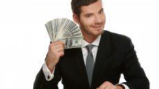 «Работник банка» украл со счета смолянина почти 700 тысяч рублей