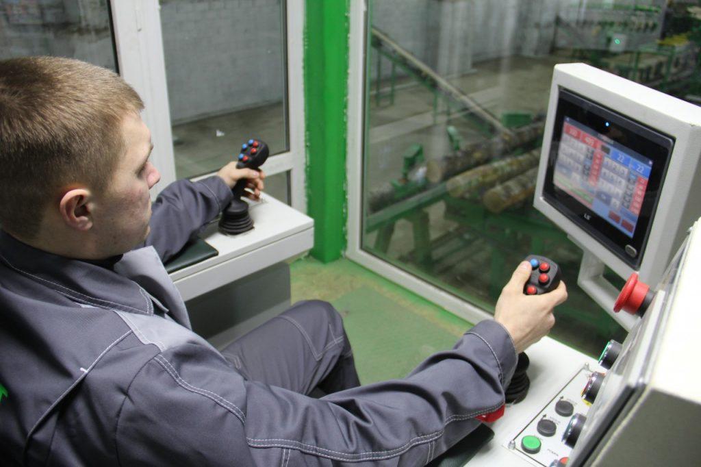 открытие завода по пилению древесины «Пладонит» в Угранском районе 18.02.2019_16