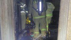 В Смоленске владелец горящей квартиры не открыл дверь пожарным