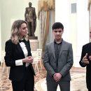 https://smolensk-i.ru/business/vladimir-putin-prinyal-v-kremle-pobeditelya-konkursa-nemalyiy-biznes-iz-smolenska_271366