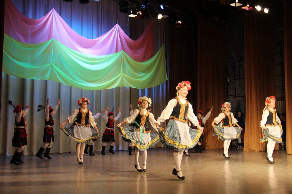 30.03.2019 - делегация польской молодёжи на концерте в ДК Шарм_4