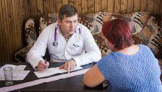 В Смоленской области может быть снят возрастной ценз с участников программы «Земский доктор»