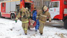 В Смоленске спасение женщины из горящей квартиры сняли на видео
