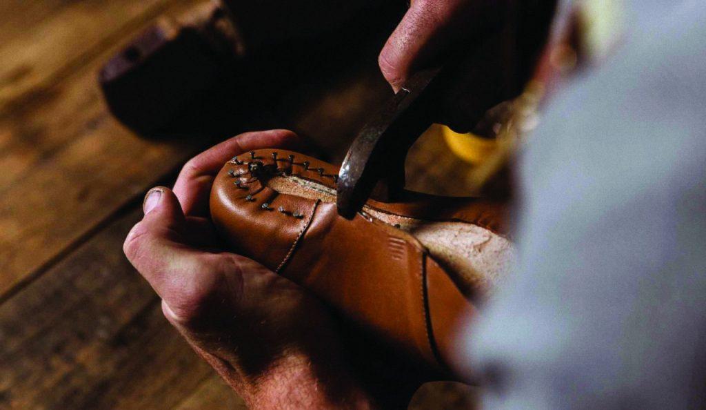Вяземское кожевенное производство, шкуры, обувь, сумки_3
