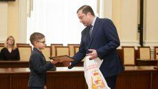 Алексей Островский наградил победителей экологического конкурса