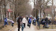 Более двухсот человек вышли на субботник в Смоленске