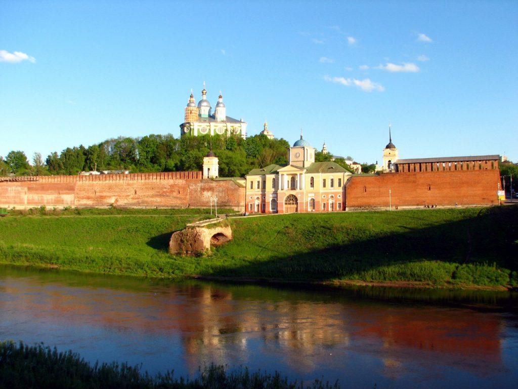 вид на крепостную и Успенский собор с Заднепровья_2