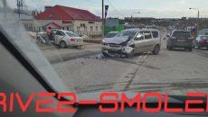«Забрала «скорая»: в Смоленске произошло жёсткое ДТП на проспекте Гагарина