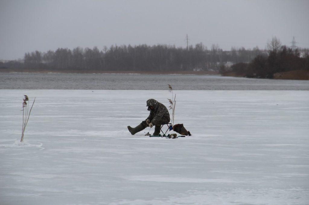зимняя подлёдная рыбалка, водохранилище ТЭЦ-2, зима 2019 г._7