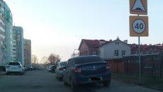 В Смоленске пешеход отомстил автохамам за парковку возле детсада