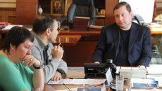 Алексей Островский заручился федеральной поддержкой в создании центра кёрлинга в Смоленске