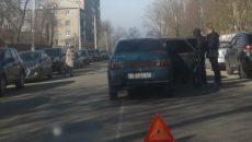 В Смоленске автоавария перекрыла дорогу к детской поликлинике