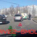 https://smolensk-i.ru/auto/v-smolenske-kalina-vrezalas-v-furgon-na-povorotnom-koltse_281459