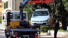 В Смоленске у мужчины забрали авто из-за долга в 180 тысяч рублей
