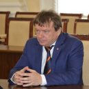 https://smolensk-i.ru/society/v-smolenske-sud-otpustil-pod-zalog-direktora-futbolnogo-kluba-dnepr-nikolaya-ermakova_280866