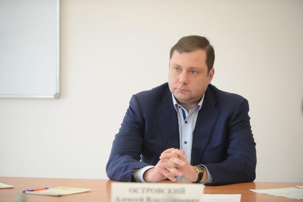 губернатор Смоленской области Алексей Островский_17