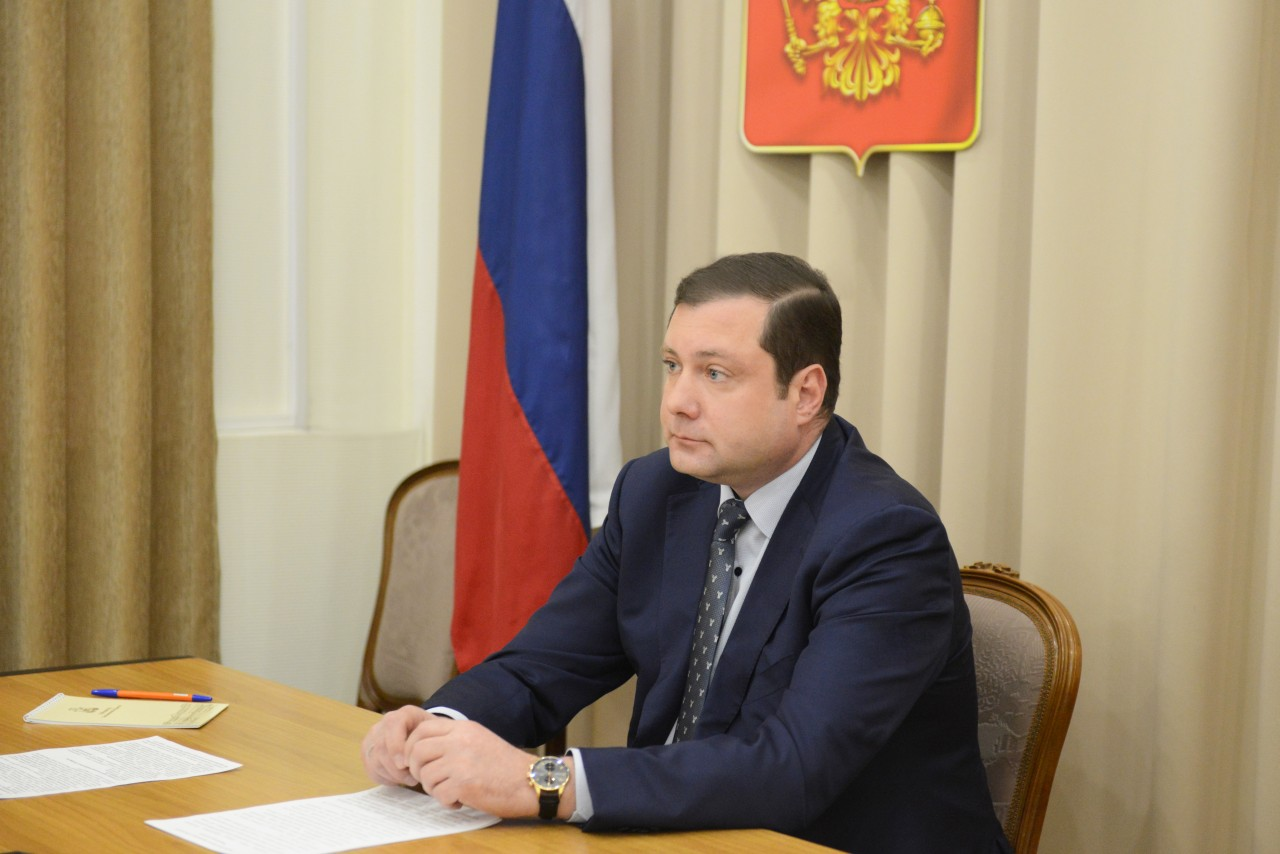 губернатор Смоленской области Алексей Островский_23