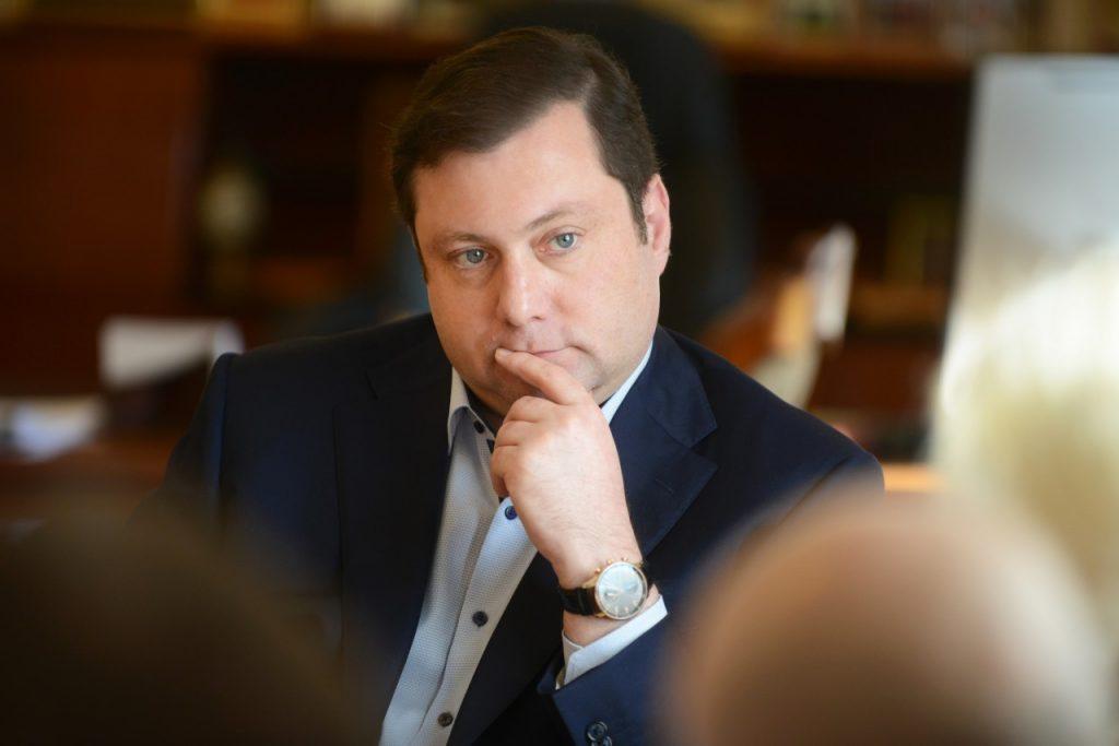 губернатор Смоленской области Алексей Островский_24