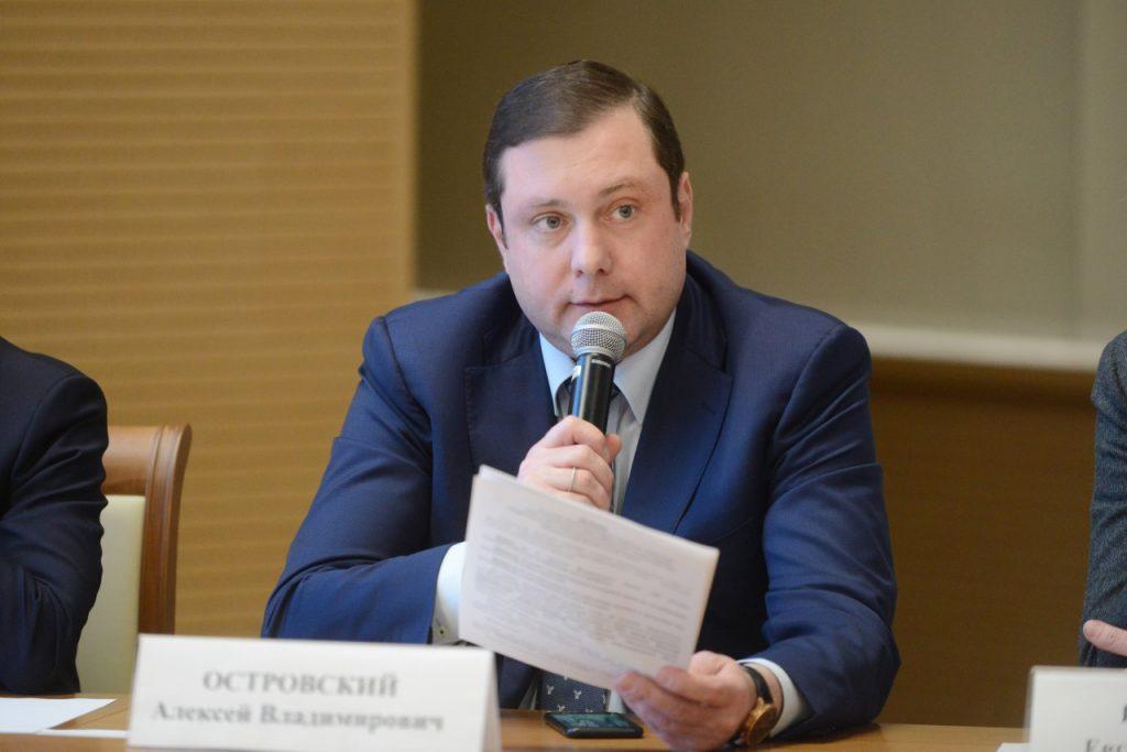 губернатор Смоленской области Алексей Островский_26