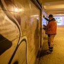 https://smolensk-i.ru/authority/v-smolenske-pristupili-k-ochistke-podzemnogo-perehoda-ot-graffiti_282672