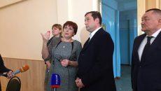 Алексей Островский проверил качество ремонта в Дорогобужской школе