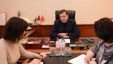 Алексей Островский дал поручения организовать летний отдых смолян в Сочи