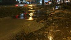 В Смоленске последствия порыва водопровода сняли на видео