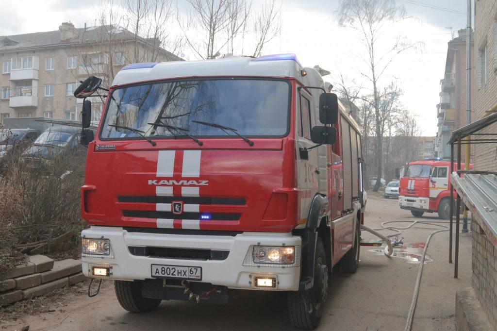 последствия пожара 1.04.2019 на ул. Мало-Краснофлотской в Смоленске_3