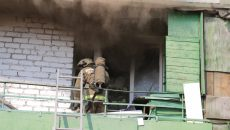 В Смоленске пожарные вскрыли дверь и предотвратили пожар в пятиэтажке