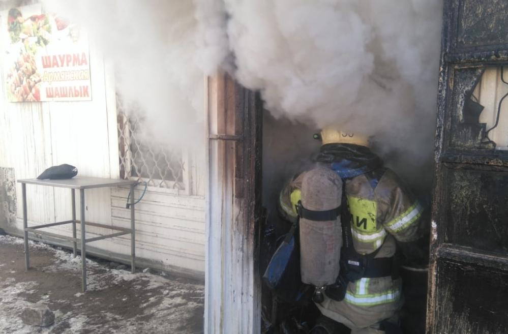 шашлычная, пожар (фото mchs.gov.ru)