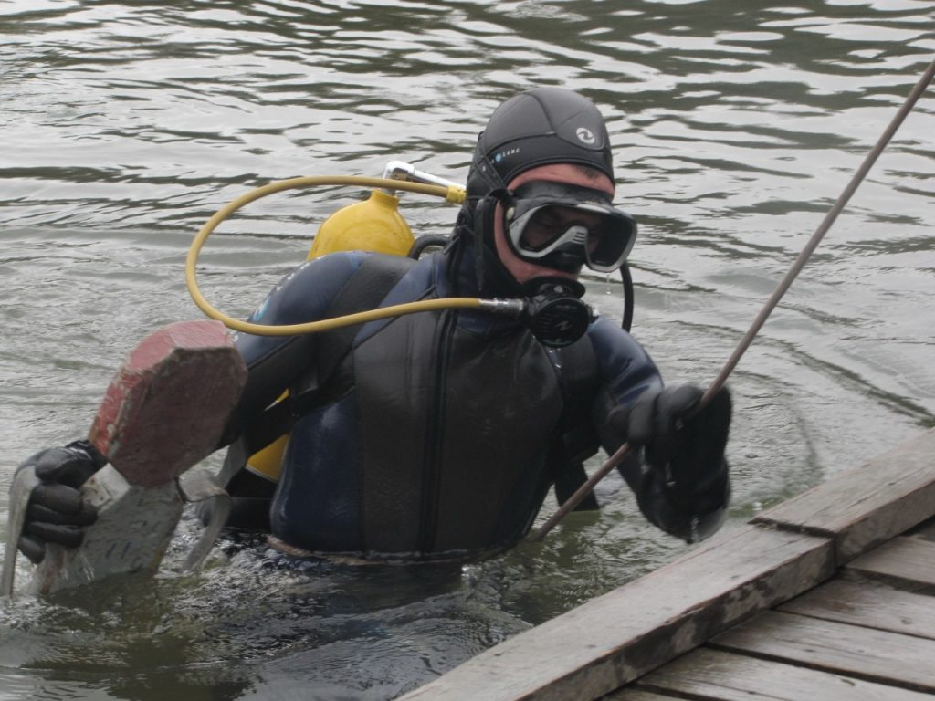водолаз, утопленник, утонул, пожарно-спасательный центр (фото pochinok.admin-smolensk.ru)