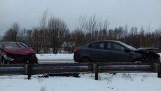 В Смоленске ищут свидетелей жесткой аварии с участием двух автоледи