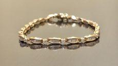В Смоленске женщина потеряла браслет с бриллиантами за 200 тысяч рублей