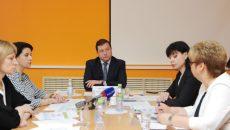 Алексей Островский провёл рабочее совещание по развитию демографии в Смоленской области