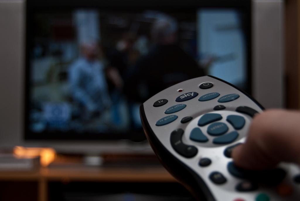 20170904-pult-televizor